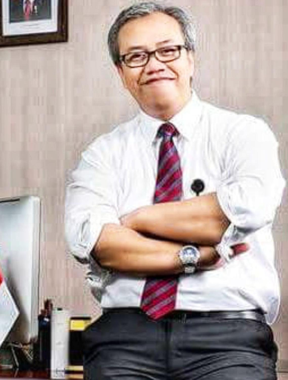 Dr. Anang Sutono, CHE